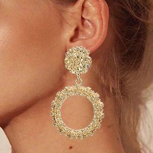 Brand new!!!  Vintage boho gold circle earrings